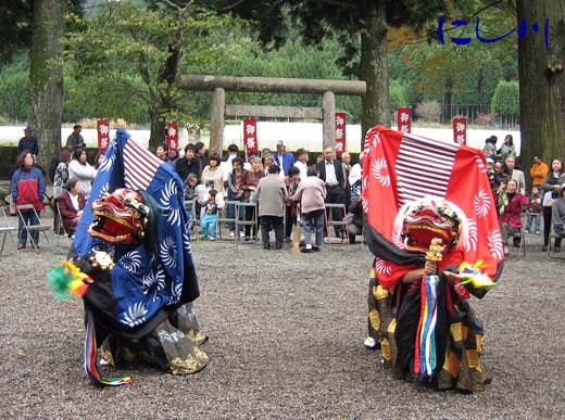 四社神社獅子舞